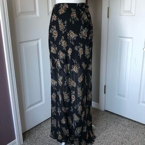 Forever 21 High Waist Floral Skirt with lining